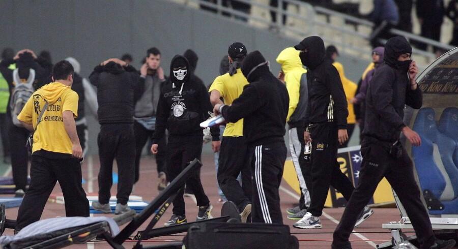 Der er store problemer med hooligans i Grækenland. Senest har de angrebet et dommerseminar. (Arkivfoto)