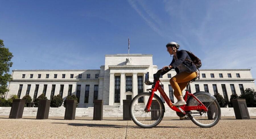 Der er vild uenighed mellem de regionale chefer for de forskellige afdelinger af den amerikanske centralbank, Federal Reserve.