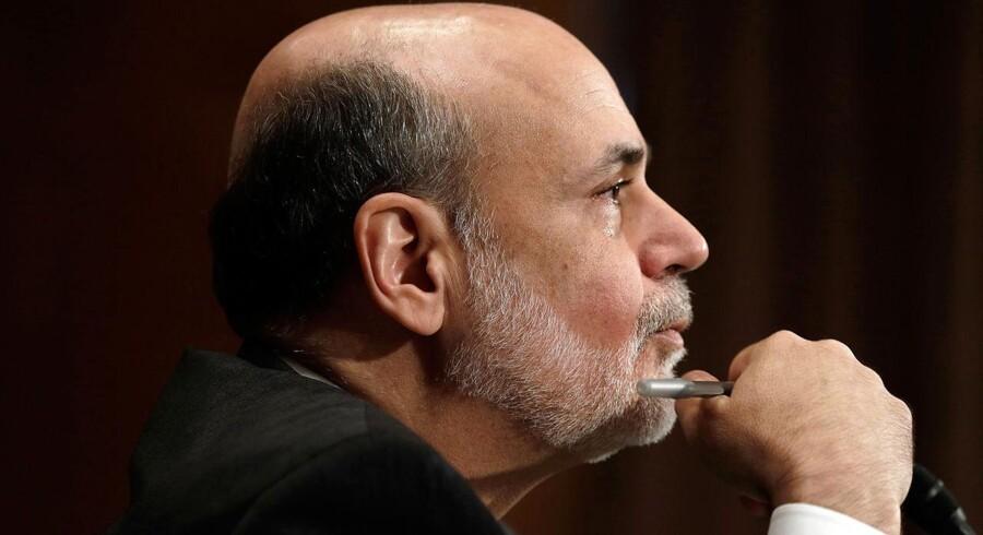 Hvad rører der sig i hovedet på den amerikanske centralbanks formand Ben Bernanke? Verden får svaret onsdag aften, og det kan påvirke økonomierne i hele verden.