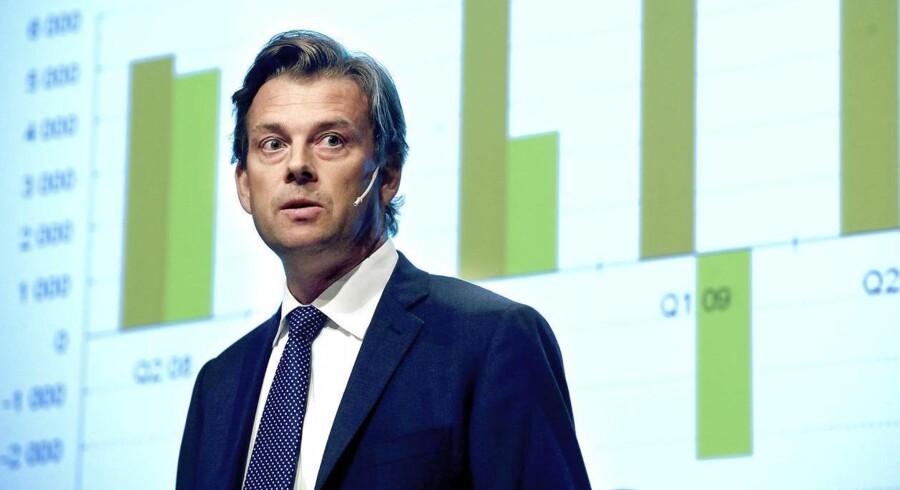 Michael Wolf er ifølge Dagens Industri blevet meldt til politiet af sin gamle arbejdsgiver, Swedbank, der mistænker ham for at have gjort sig skyldig i økonomisk kriminalitet.