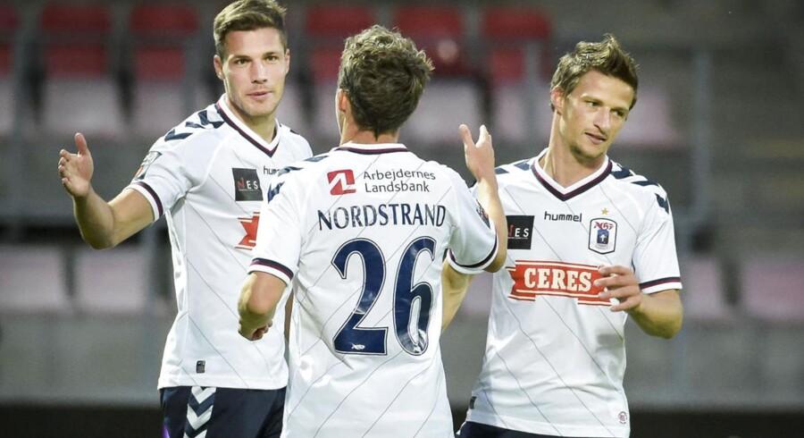 Aarhus Elite, der driver Atletion og fodboldklubben AGF, havde stor tilbagegang i regnskabsåret 2014/15, som selskabet gør status for fredag eftermiddag.