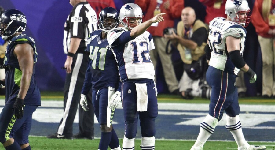 Tom Brady kastede fire touchdowns, da New England Patriots vandt 28-24 over Seattle Seahawks i Super Bowl 49.