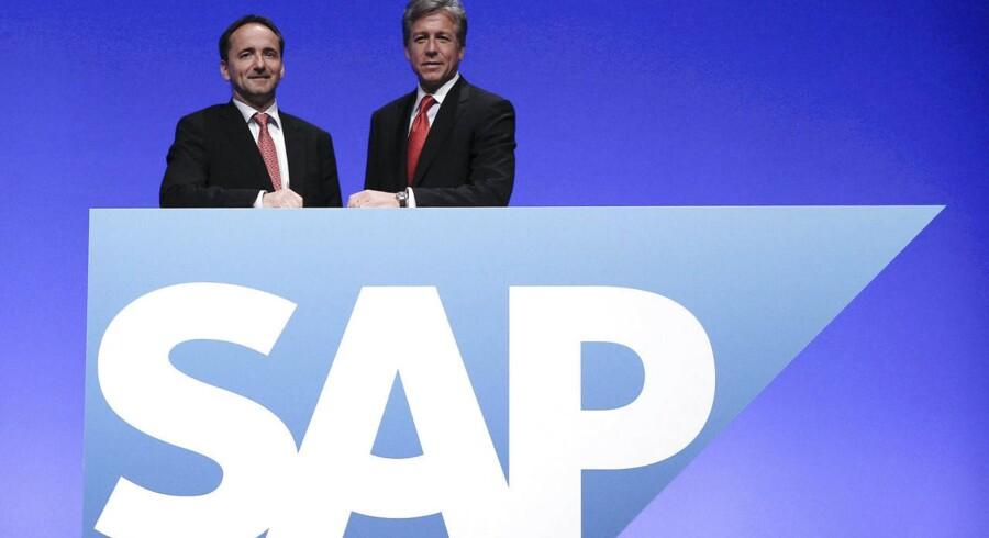 SAPs chefduo bliver fremover mindre, når danske Jim Hagemann Snabe (til venstre) i næste uge forlader sin post. Bill McDermott (til højre) vil fremover være eneste topchef. Arkivfoto: Alex Domanski, Reuters/Scanpix