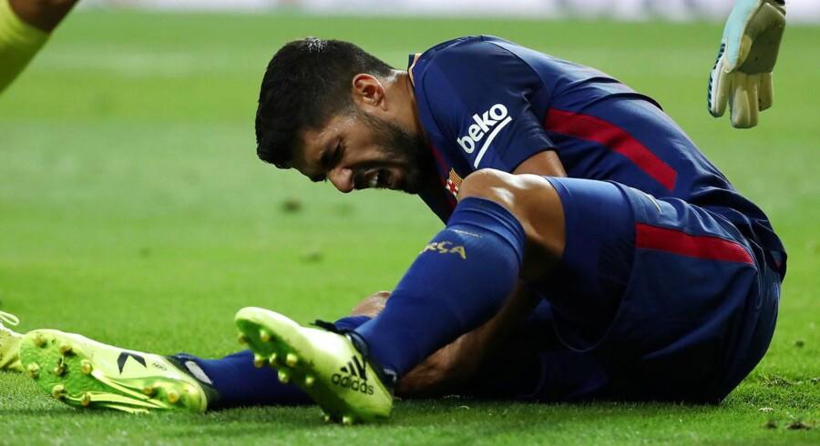 Riza Durmisi og co. slipper søndag for at skulle dække Luis Suarez op. Barcelona-stjernen er ude i fire uger.