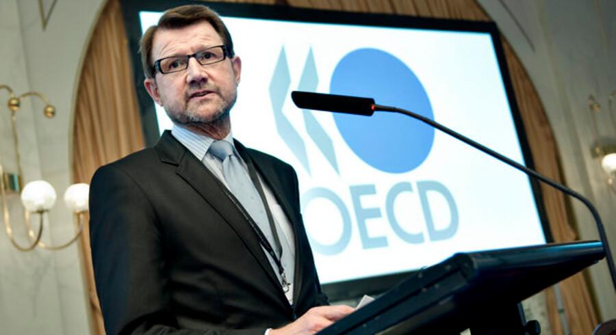 Den danske videnskabsminister Helge Sander var blandt talerne til OECD-konferencen i Helsingør.