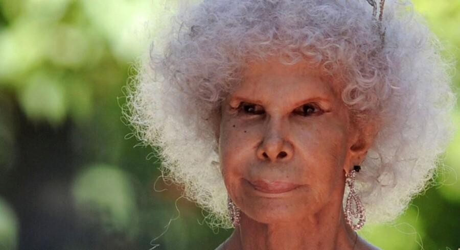 Hertuginden af Alba, Doña María del Rosario Cayetana Fitz-James Stuart y Silva, tilhører Stuart-slægten, der for nogle hundrede år siden leverede kronede hoveder på stribe til Skotland og andre af de lande, der i dag er en del af Storbritannien. Her ses hun til sit bryllup i 2011.
