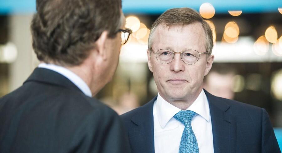 A.P. Møller-Mærsks administrerende direktør Nils Smedegaard Andersen afviser kritikken af Mærsks struktur, selvom det koster på aktiekursen.