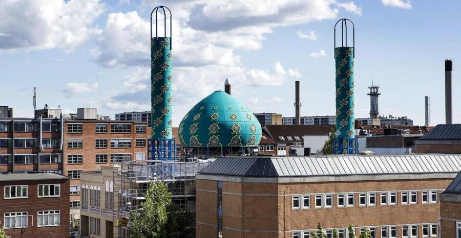 ARKIVFOTO. Imam Ali Moske på Vibevej på Nørrebro i København. Byggeriet af den shia-muslimske moske nærmer sig sin afslutning.