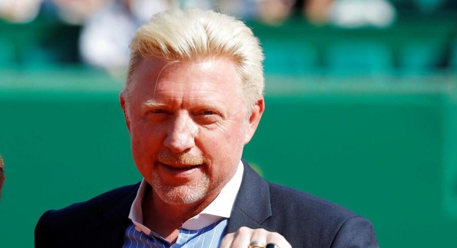 En britisk domstol har erklæret den tyske tennislegende Boris Becker konkurs. Nu vil Becker bruge sin status som centralafrikansk diplomat til at afvise konkursbegæringen.