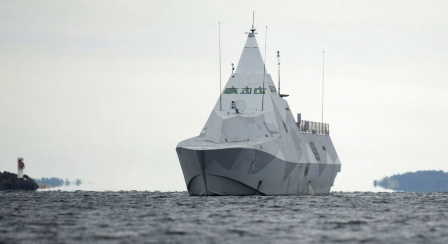 Den svenske corvette »HMS Visby« i aktion onsdag.