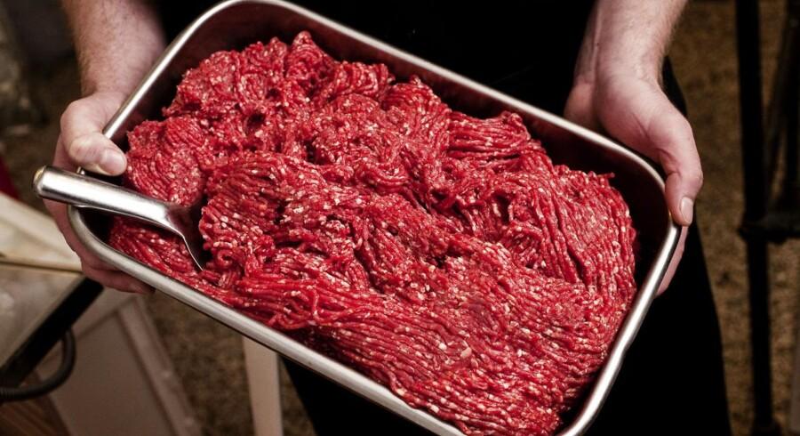 Forbuddet mod europæisk oksekødsimport til USA blev indført i 1990'erne som følge af kogalskabsudbrud. Siden har EU hårdt arbejdet for at udrydde risikoen for epidemien med succes, hvilket Irlands godkendelse på det amerikanske marked viser.