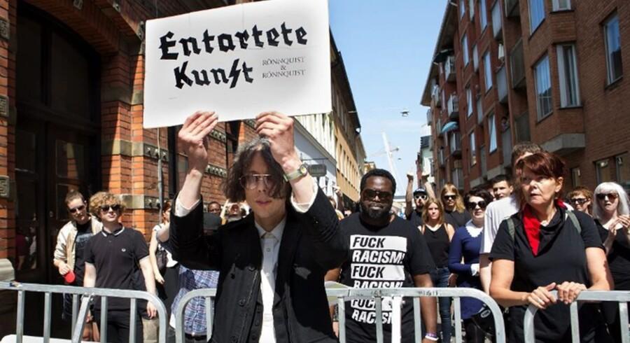Den svenske kunstner Dan Park (billedet) blev mødt med en demonstration, da han tidligere på året havde fernisering på en udstilling på galleri Rönnquist & Rönnquist i Malmø.Foto: Rönnquist & Rönnquist.