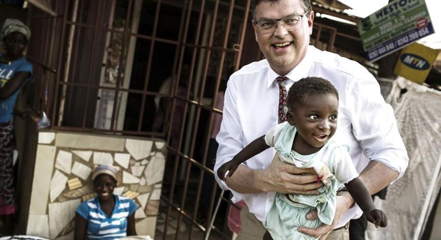 Danmark yder årligt godt 17 mia. kr. årligt i udviklingsbistand til en lang række lande, herunder Ghana, hvor handels- og udviklingsminister Mogens Jensen var på besøg i marts sidste år.