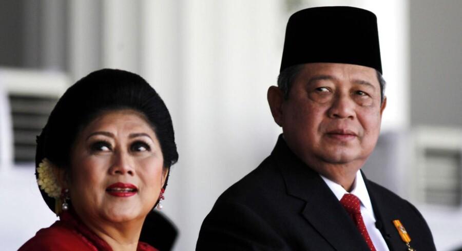 Indonesiens præsident Susilo Yudhoyonombang og hans kone Ani Yudhoyono.