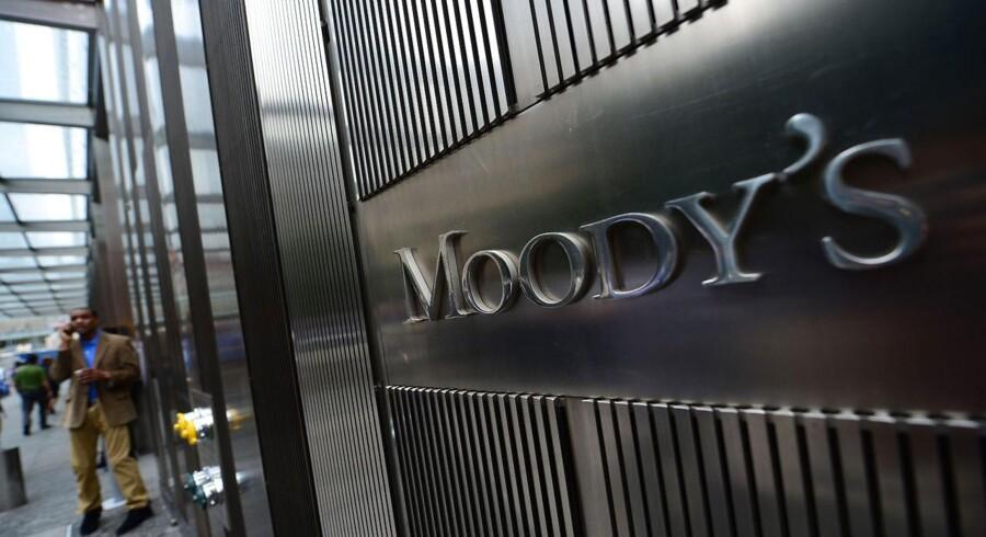 Moody's lægger finanskrisen bag sig på de danske bankers vegne og hæver de generelle udsigter for sektoren til 'stabil' fra 'negativ'.
