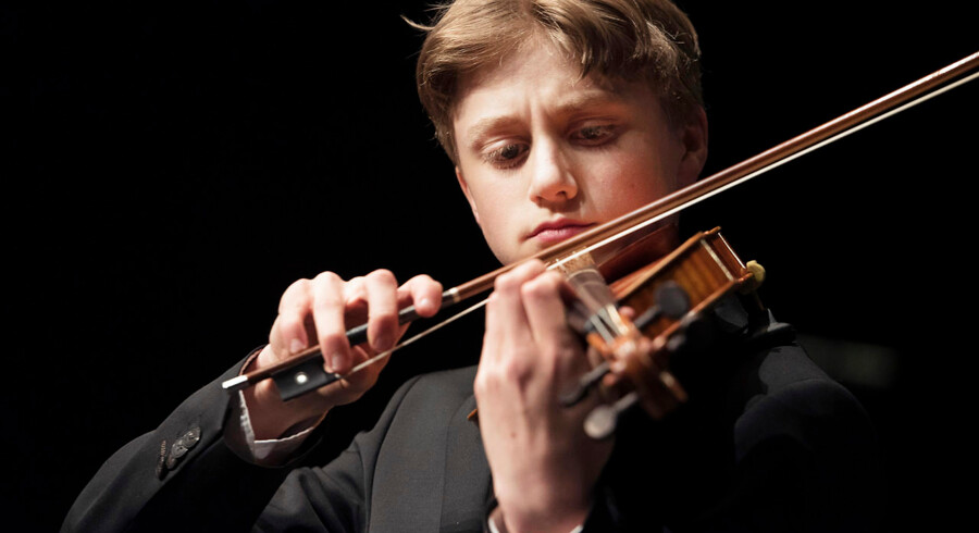 Berlingskes Klassiske Musikkonkurrence 2015 i Tivolis Koncertsal.Michael Rosborg Germer