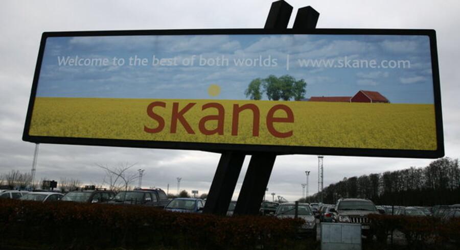 Der er smukt i Skåne, og man slipper for penge, når man skal købe busbillet. Men mobilbilletten ender med at blive dyrere end papirudgaven, og det gider folk ikke. Foto: Colourbox