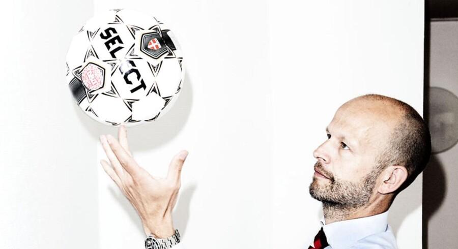 Sponsorchef i Danske Bank, Jeppe Lauritzen styrer bankens 16 mio. kr store sponsorat af fodboldlandsholdet.