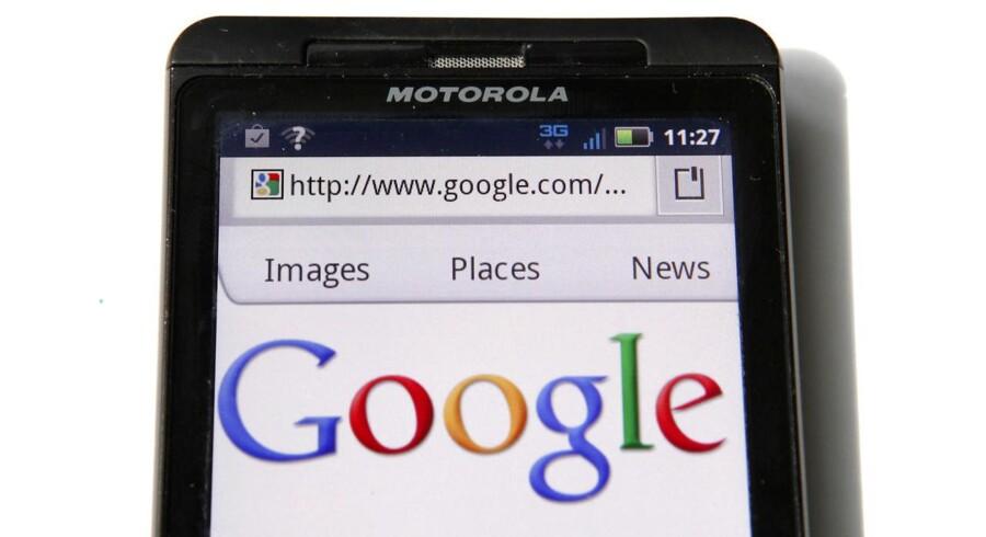 Google igangsætter nu endnu en massefyring i Motorola, som blev overtaget sidste år. Arkivfoto: Kevin Lamarque, Reuters/Scanpix