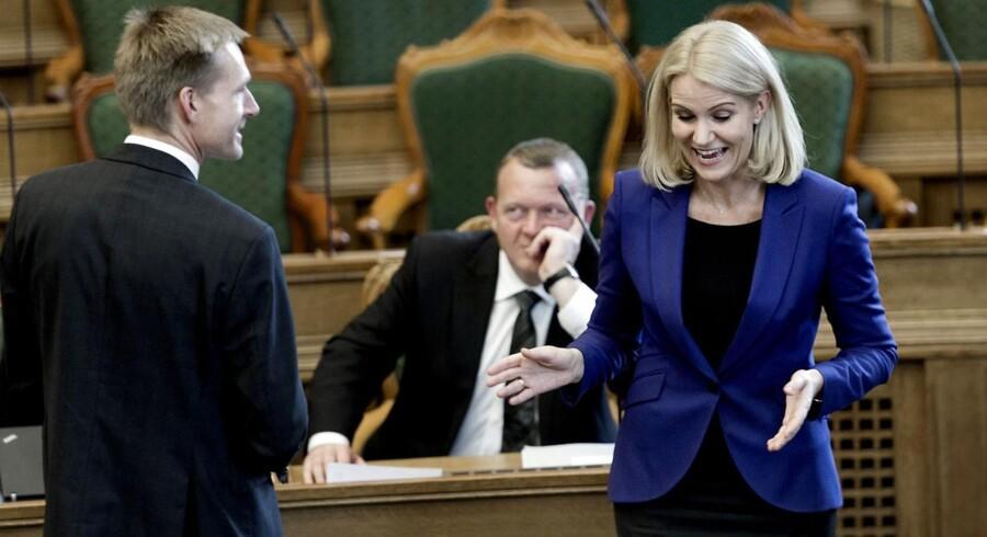 Kristian Thulesen Dahl, Lars Løkke og Helle Thorning-Schmidt (S) under åbningsdebatten sidste år. Ingen af de tre toppolitikere fandt dog vej til vores top 10 over spørgsmål, der fik os til at trække på smilebåndet.