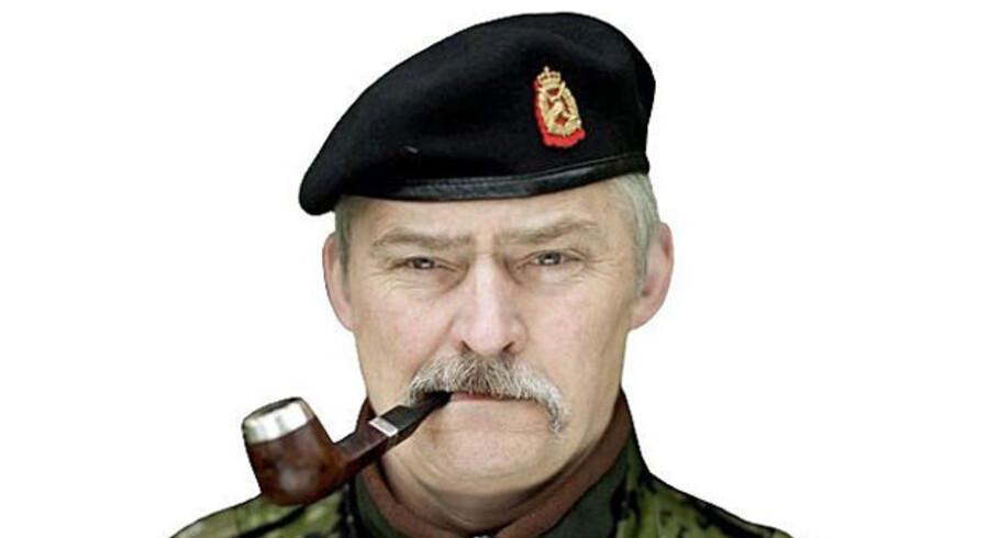 Lars R. Møller, Oberst og forfatter