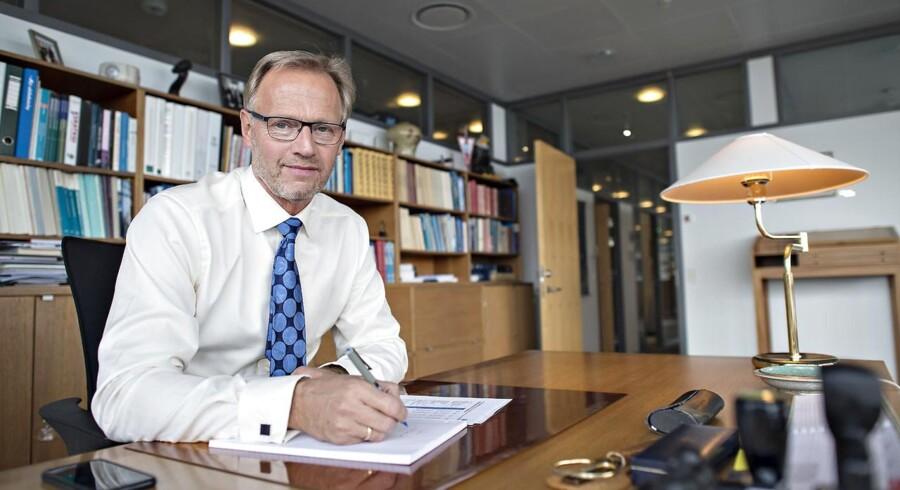 Det står Danmark frit for, om vi skal være med, og står det til Anders Dam, ordførende direktør i Jyske Bank, så er svaret nej.