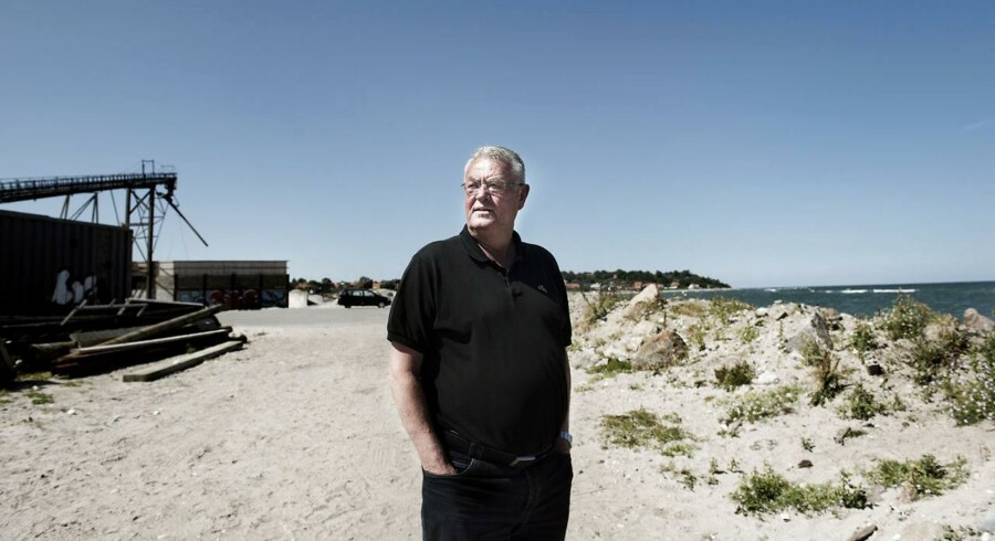 Gribskov Kommunes tidligere borgmester, Jan Ferdinandsen (K), kæmper mod hotelplanerne på den grund, hvor der i dag ligger et sten- og grusværk.