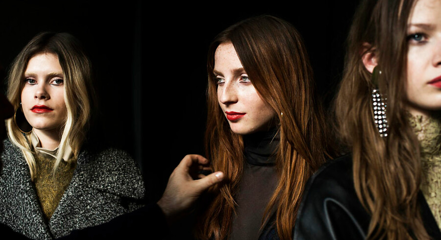 Berlingske var med backstage under By Malene Birgers show i dag, hvorfra vi fulgte »slagets gang«. Foto: Sara Gangsted.