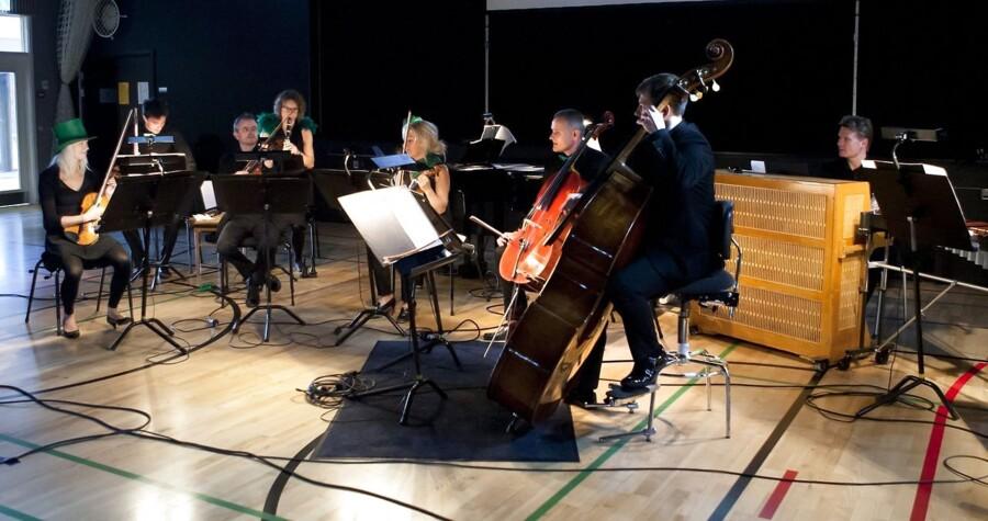 DR UnderholdningsOrkestret giver koncert på Ringkøbing Skole sidste år. Lørdag måtte det lukningsdømte orkester spille for en halvtom sal.