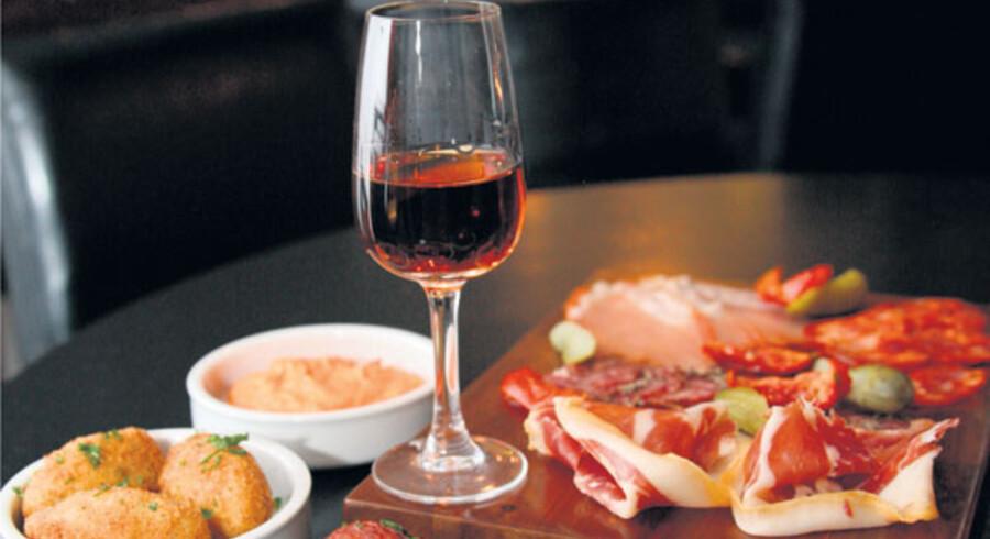 To gange Spanien mødes i engelske Bristol: Tapas og sherry.