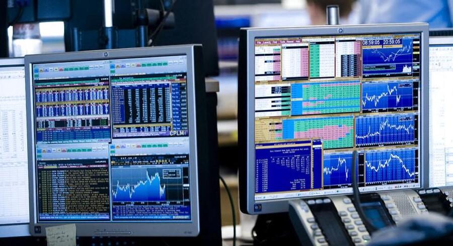 Rygter på sociale medier og direkte spamsvindel kan sætte særlig små aktier kurs i bevægelse.