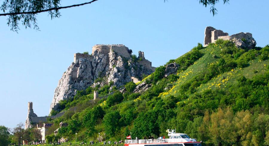 Donau har i århundreder været en vigtig færdselsåre fra dens udspring i sydvesttyskland og hele vejen til udløbet i Sortehavet.