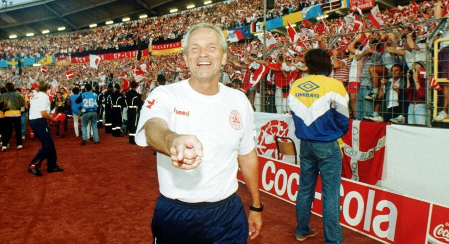 Richard Møller Nielsen den glade aften på Ullevi Stadion i Göteborg 26. juni 1992, da Danmark har slået Tyskland i EM finalen med 2-0.