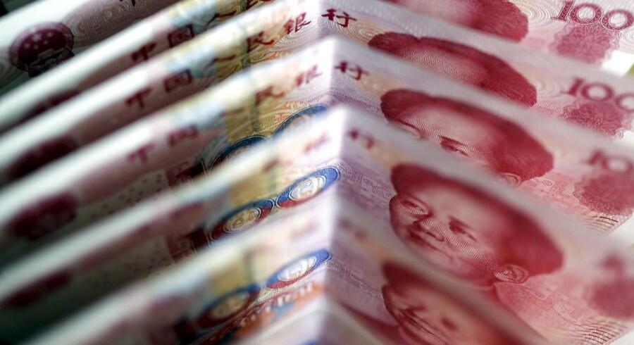 Yuan sedler. REUTERS/Jason Lee/Files
