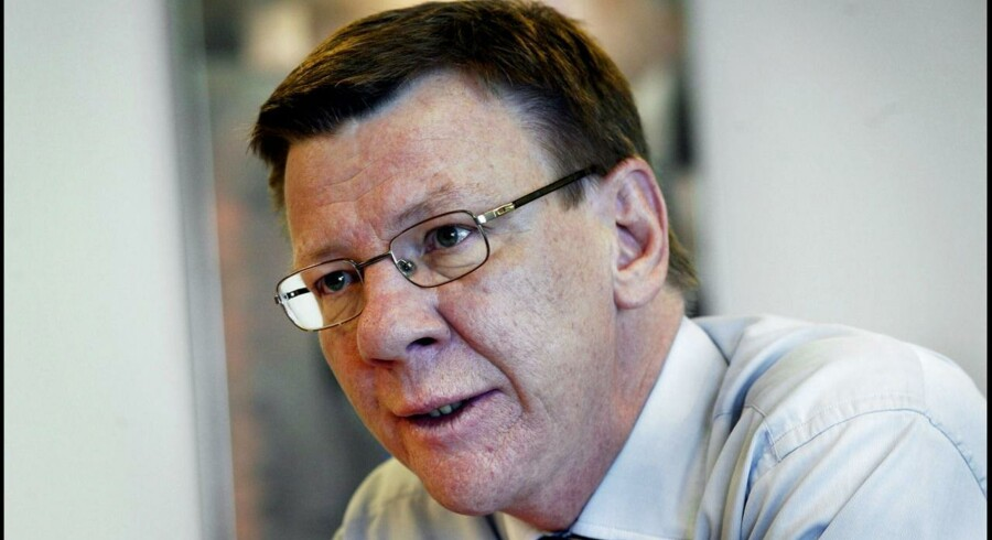 PFA-topchef Henrik Heideby erkender, at hans søn har arbejdet internt i PFA.