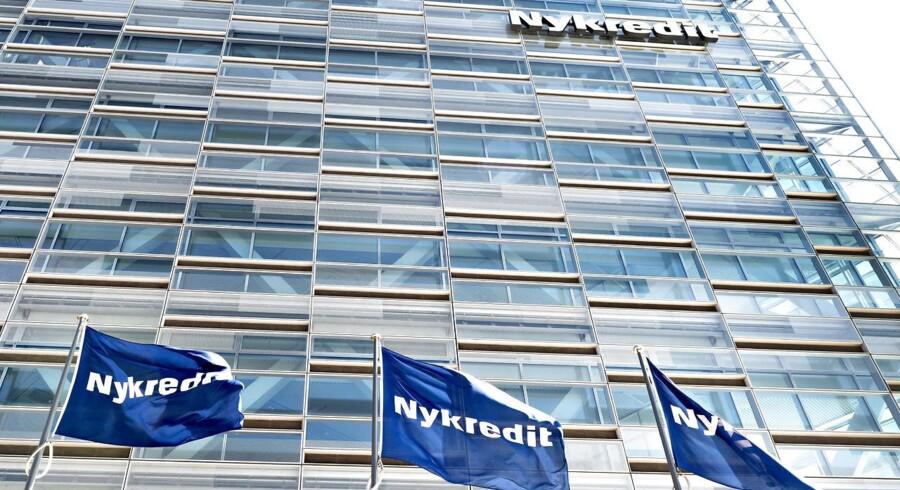Nykredit Flag og Logo på Under Krystallen på Kalvebod Brygge
