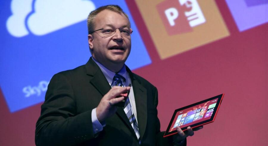 Nokia har med den tidligere Microsoft-direktør Stephen Elop i spidsen udvidet sortimentet med sin første tavle-PC, Lumia 2520, som blev vist frem i oktober. Stephen Elop er efter sigende stadig en mulig kandidat som afløser for Microsoft-topchef Steve Ballmer, som går af senest til sommer. Arkivfoto: Ben Job, Reuters/Scanpix