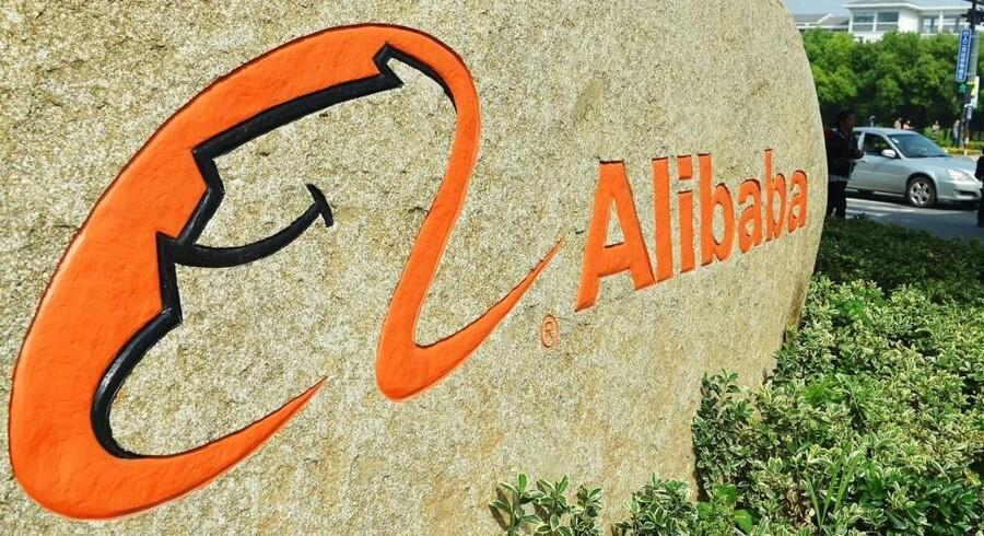 Det kinesiske internetselskab Alibaba har verdensrekorden for en børsnotering, da selskabet i efterhånden 2014 hentede rundt regnet 25 milliarder dollar ved sin børsemission.