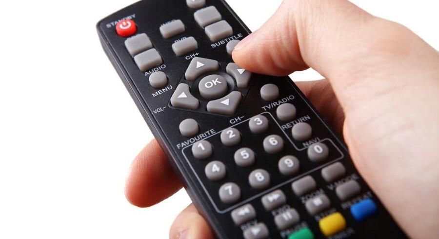 Hundredtusinder af danske hjem kan ikke frit skifte TV-udbyder. Der står nemlig i lokalplanen, at de skal modtage TV fra en bestemt udbyder. Det bliver nu ændret. Foto: Iris/Scanpix