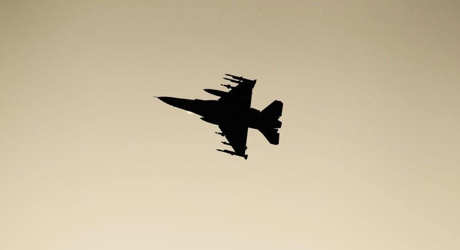 Danske kampfly skal bombe Islamisk Stat.