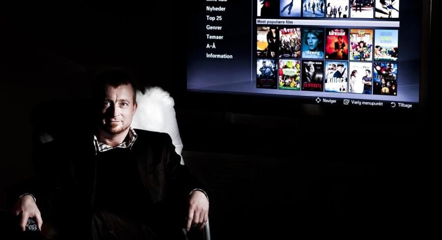 TDCs udviklingsdirektør Anders Blauenfeldt vil give YouSees kunder mulighed for gratis internetforbindelse, når de er på farten. De får nemlig adgang via andre YouSee-kunders trådløse net. Arkivfoto