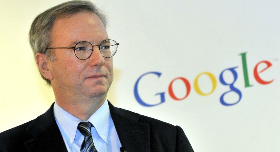 Google executive chairman Eric Schmidt is seen during a news conference at the main office of Google Korea in Seoul on November 8, 2011. Schmidt said that he has asked the South Korean president and top telecommunication regulator to take a cue from countries with more lax rules on the Internet. AFP PHOTO/JUNG YEON-JE