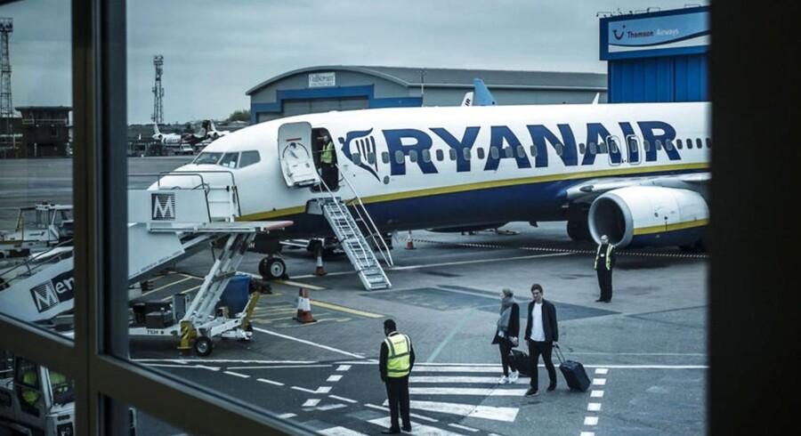 Ryanair. Flyrejse med Ryanair fra Københavns lufthavn Kastrup til Luton ved London i England.