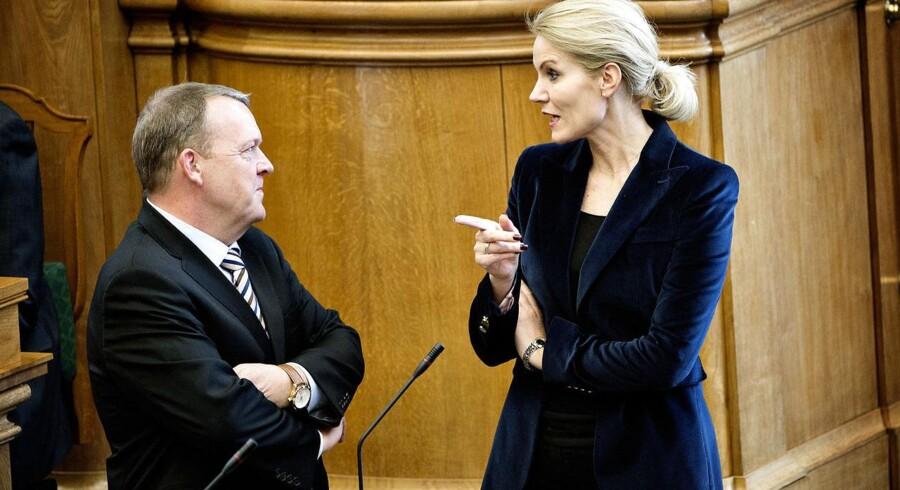 Helle Thorning-Schmidt (S) og Lars Løkke Rasmussen (V) under tirsdagens spørgetime i Folketinget.