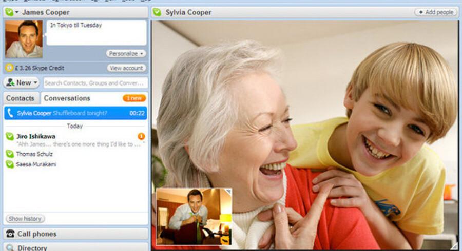 I den nyeste udgave af Skype er der større videobillede, men også lyden er blevet forbedret. Desuden kan man nu skifte mellem flere samtaler. Og så kan man fortsat chatte, hvis man foretrækker den kommunikationsform. Foto: Skype