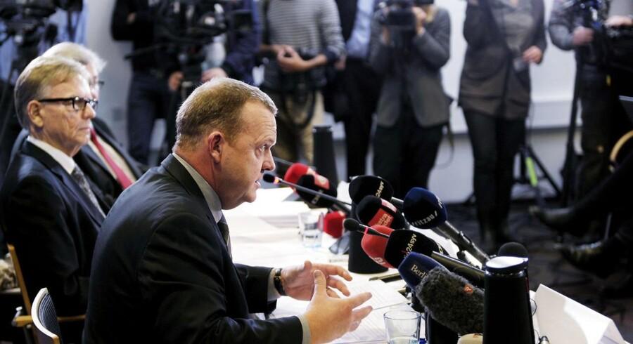 Formand for Venstre Lars Løkke Rasmussen erkendte på pressemødet i Ingeniørforeningen, at han havde brugt uacceptabelt mange skattekroner som formand for GGGI.