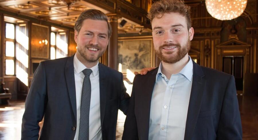 Stifter af Dansk Crowdfundingforening, Frederik Ploug Søgaard og medlem af bestyrelsen Sigurd Schou Madsen, der også er erhvervspolitisk konsulent hos Dansk Erhverv.