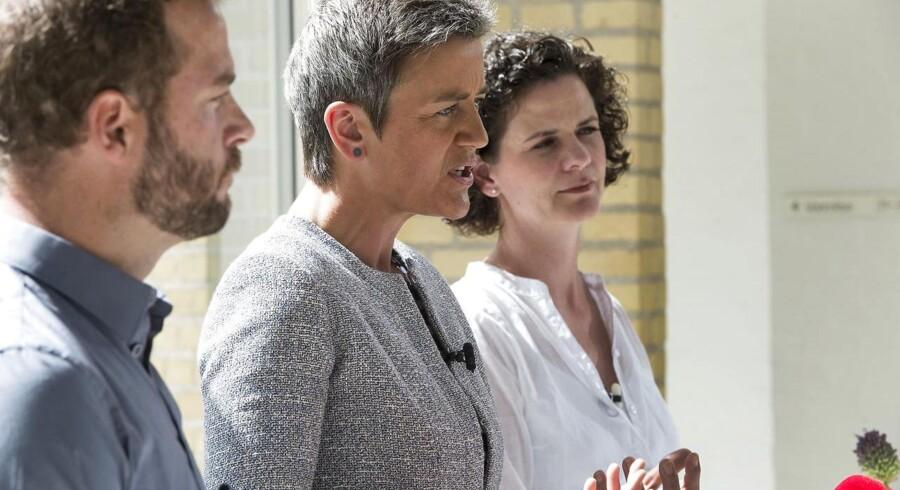 Morten Østergaard, Margrethe Vestager og Camilla Hersom på pressemødet i Gl. Vindinge på Fyn i forbindelse sommergruppemødet.