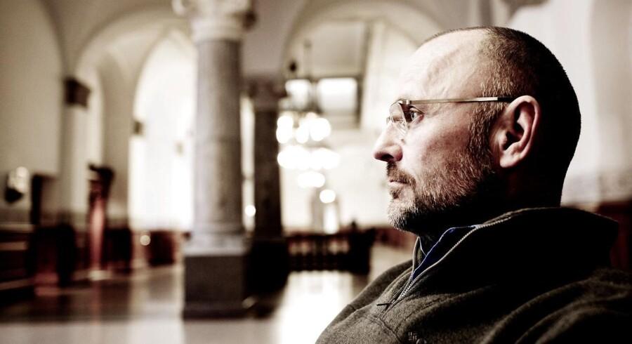 Henrik Qvortrup er tidligere chefredaktør på Se og Hør og nu også tidligere politisk kommentator på TV2.