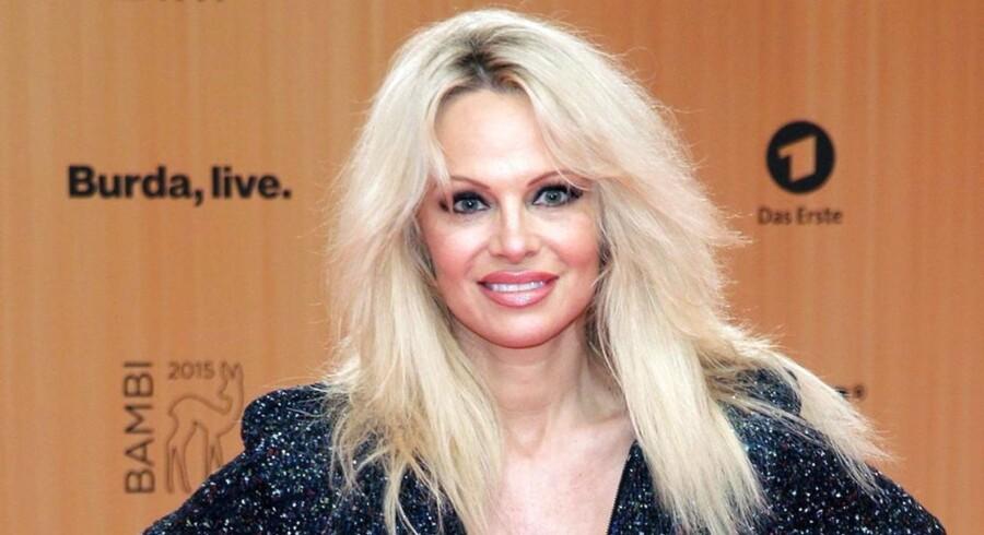 Pamela Anderson kommer alligevel ikke til Danmark. Det arrangement, hun skulle deltage i denne weekend, er blevet aflyst på grund af frygt for terror. (Arkivfoto)